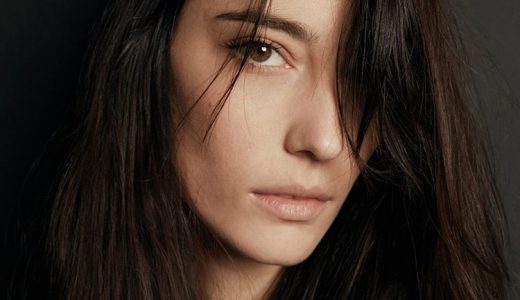 Amelie Lens(アメリー・レンズ)|モデルもこなす超美形ベルギー人DJ